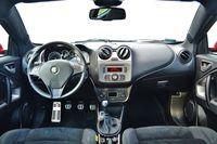Alfa Romeo MiTo Quadrifoglio Verde - wnętrze