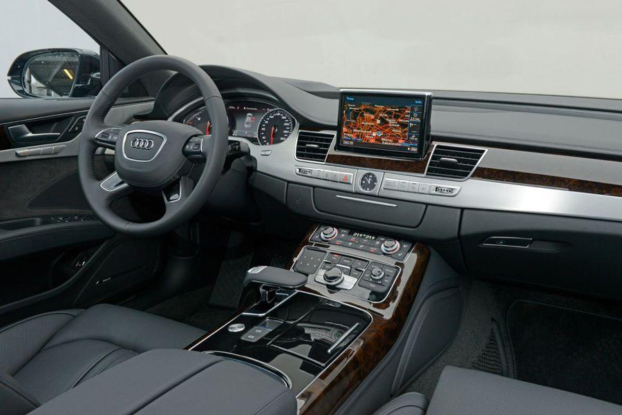 Audi A8 3 0 Tdi Quattro Wnętrze