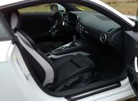 Audi TT 2.0 TFSI quattro S tronic - przednie fotele