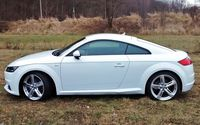 Audi TT 2.0 TFSI quattro S tronic - widok z boku