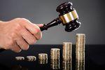 Dłużnicy sądowi z 300 mln zł zaległości