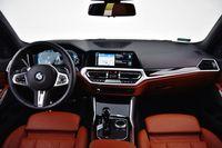 BMW 330e - deska rozdzielcza