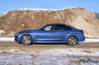 BMW 330xi - z boku