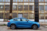 BMW X4 M40i - z boku