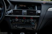 BMW X4 M40i - wnętrze fot. 2