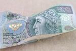 CBOS: Polacy nie ufają parabankom i rzadko z nich korzystają