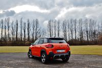 Citroen C3 Aircross 1.6 BlueHDi Shine - z tyłu