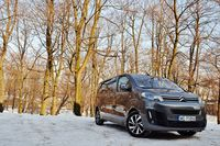 Citroen SpaceTourer 2.0 BlueHDi EAT6 Shine - z przodu