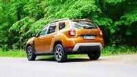 Dacia Duster 1.3 Tce 150 KM - z tyłu i boku