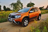 Dacia Duster Blue dCi Comfort - z przodu i boku