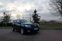 Dacia Sandero 1.0 75 KM - z przodu