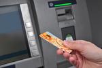 Ważna zmiana na rynku bankomatów: UOKiK daje zielone światło