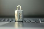 W Dzień Bezpiecznego Internetu przypominamy, jak chronić dane osobowe