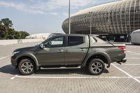 Fiat Fullback - bok