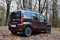 Fiat Qubo 1.3 Multijet Lounge - z tyłu i boku