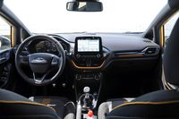 Ford Fiesta Active - wnętrze
