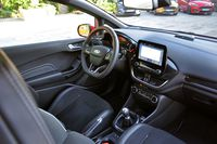 Ford Fiesta ST - wnętrze