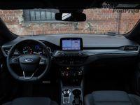 Ford Focus ST Line 1.5 Ecoboost AT8 - wnętrze