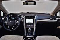 Ford Mondeo Hybrid Vignale - wnętrze