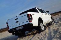 Ford Ranger Wildtrak 3.2 TDCi - widok z tyłu i boku