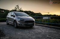 Ford S-max 2.0 TDCi 180 KM AWD Vignale - z przodu