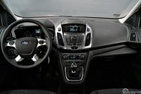 Ford Tourneo Connect 1.6 TDCI - wnętrze