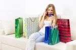 GUS: Polacy coraz więcej kupują