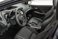 Honda Civic Tourer - fotele