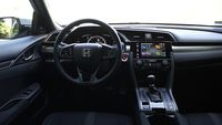 Honda Civic 1,5 182 KM - wnętrze