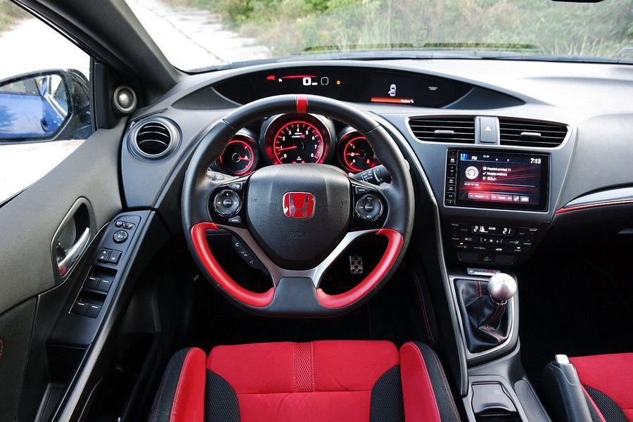 Honda Civic Type R Wnętrze