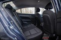 Hyundai Elantra 1.6 128 KM - kanapa