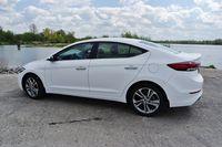 Hyundai Elantra 2016 - z tyłu