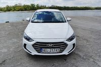 Hyundai Elantra 2016 - przód
