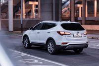 Hyundai Santa Fe 2.2 CRDi 200 KM - z tyłu