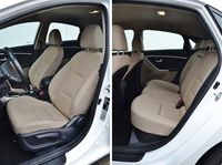 Hyundai i30 1.6 CRDi DCT Comfort - fotele