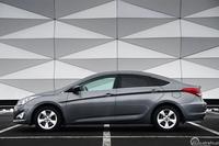 Hyundai i40 Sedan 2.0 GDI Comfort Plus, widok z boku