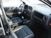 Jeep Compass 2,2 CRD 4x4 Limited - wnętrze