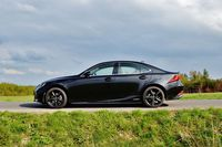 Lexus IS 300h Black - profil