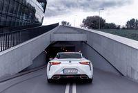 Lexus LC500h - tył