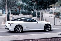 Lexus LC500h - bok