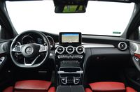 Mercedes-Benz C 180 7G-TRONIC PLUS Kombi - wnętrze