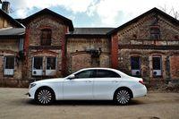 Mercedes-Benz E 200 d 9G-TRONIC - bok