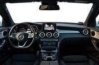 Mercedes-Benz GLC 250 9G-TRONIC 4MATIC - wnętrze