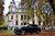 Mercedes-Benz GLS 500 4MATIC budzi respekt