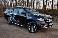 Mercedes-Benz X 250 d 4MATIC X POWER - z przodu i boku