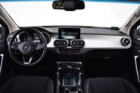 Mercedes-Benz X 350 d 4MATIC X Power - deska rozdzielcza