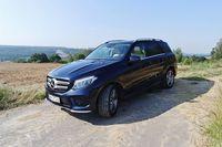 Mercedes-Benz GLE 350 d 4MATIC - z boku