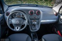 Mercedes Citan 112 AT - wnętrze