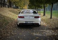 Mercedes S560 Coupe - tył