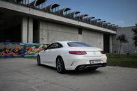 Mercedes S560 Coupe - z tyłu
